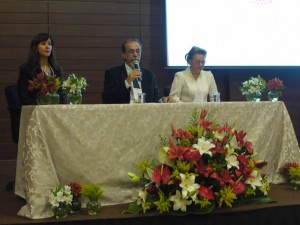 Abertura do SIMCRO com Prof.ª Dra. Maria Eugenia Queiroz, Prof. Dr. Fernando M. Lanças e Prof.ª Dra. Elena Stashenko - Foto Luciene Campos.